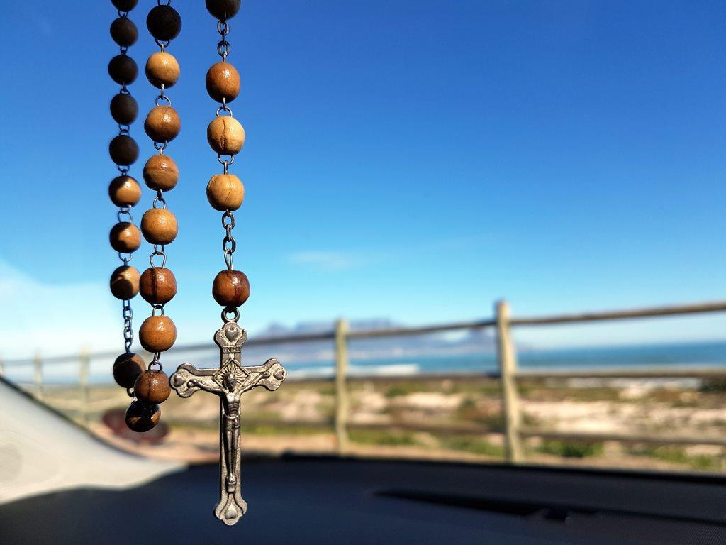 beach-beads-blur-208425
