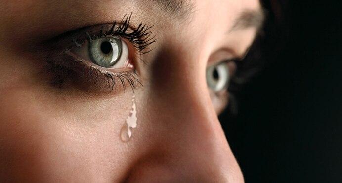 650rmq_getty_rf_woman_crying